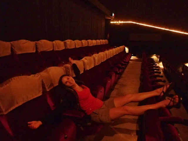 Sièges en 1ère classe au cinéma