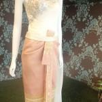 Robe thai traditionnelle en soie