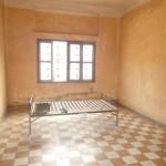 Ancienne classe transformée en salle de torture