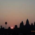 Levé du soleil sur le Temple d'Angkor
