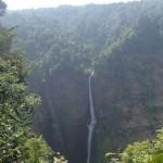 Magnifique cascade du plateau des Bolovens