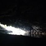 Entrée de la grotte de Konglor longue de 7 km et traversée en bateau