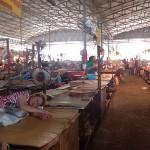 Hall des viandes dans le marché central de Vientiane