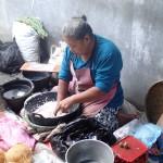 Noix de coco râpée à la main
