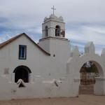 Eglise sur la place centrale