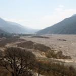 En route vers le nord de Salta le long du Rio Grande asséché